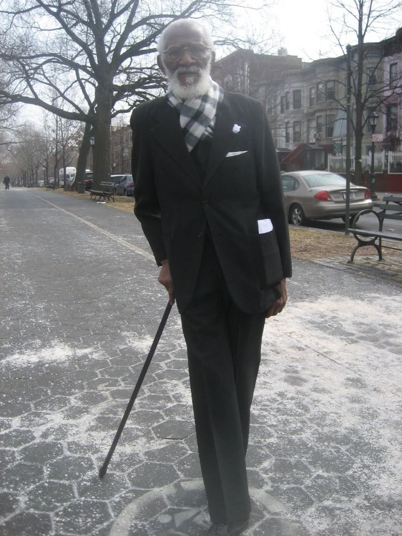 Old gent head to toe