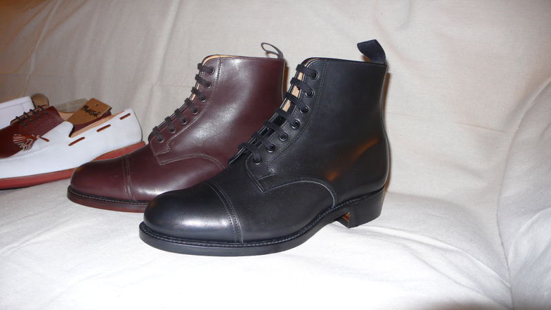 Cap toe boots black and brown